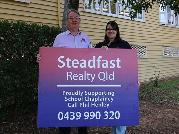Steadfast Realty sign